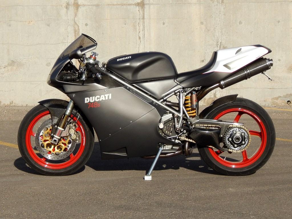Brazeau Racing - Ducati Superbike 748s